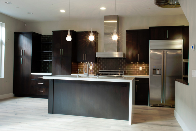Kitchen cabinets photo gallery accent building products for Apex kitchen cabinets